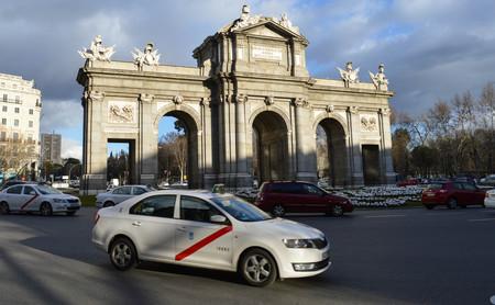 """""""Si esto no se arregla, guerra, guerra, guerra"""": así sigue el conflicto entre taxistas y VTC en España"""