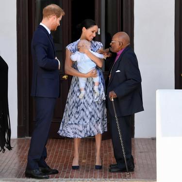 El pequeño Archie se convierte en el protagonista absoluto de la gira de Meghan Markle y el príncipe Harry a África