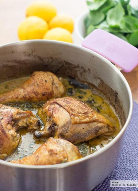 Pollo asado con crema de limón y espinacas, una receta sencilla pero repleta de sabor