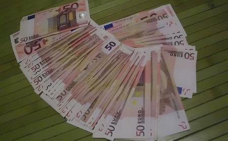 Los funcionarios recuperarán en abril las retenciones de la paga extra de navidad no cobrada