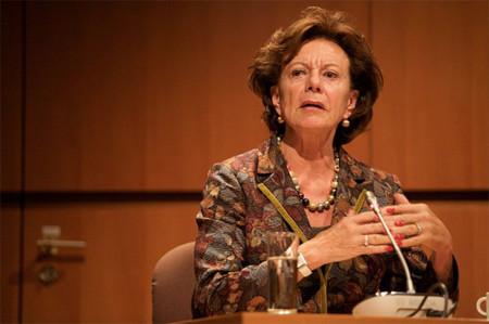 Neelie Kroes: Si no hay oferta ni precios justos, la gente se descarga contenidos protegidos por otras vías