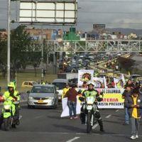 En fotos: Así se vive el paro de Taxistas en diferentes ciudades del país