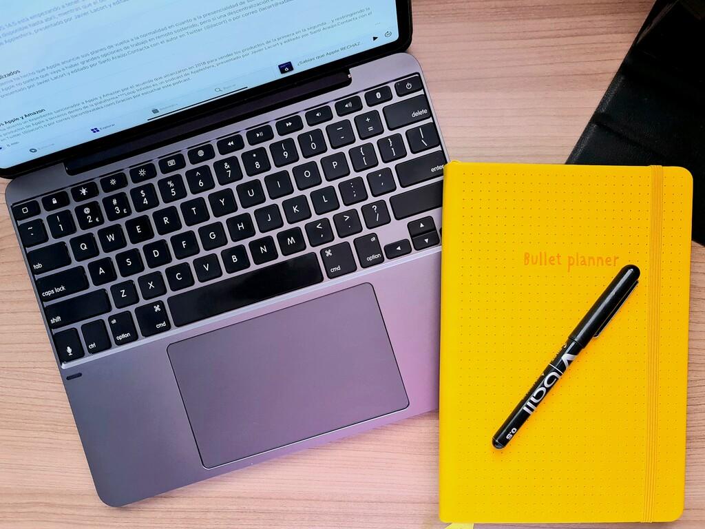 Brydge 12.9 MAX+, análisis: trackpad gigante, nuevo diseño y precio más ajustado para superar al Magic Keyboard de Apple