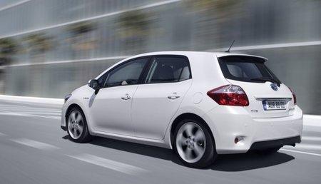 Toyota-Auris-HSD-30