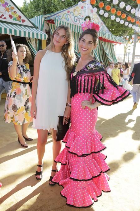 Los trajes de las famosas en la Feria de Abril, una maravilla para la vista