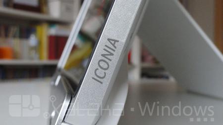 Acer Iconia W700, detalle perfil