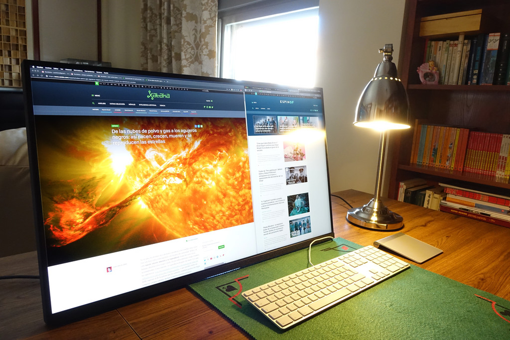 Samsung Space Monitor 32