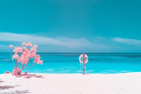 'The Maldives Infraland', de Paolo Pettigiani: Así se ven las Maldivas en fotografía infrarroja y a vista de dron