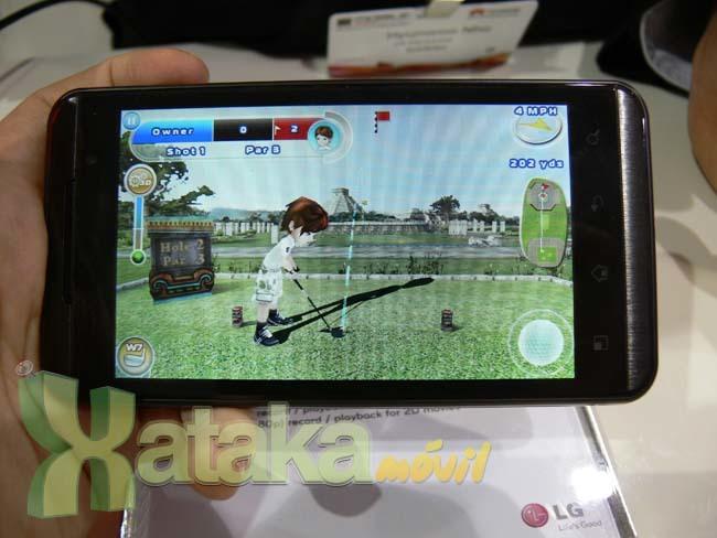 Foto de LG Optimus 3D y LG Optimus Pad en el MWC (5/11)