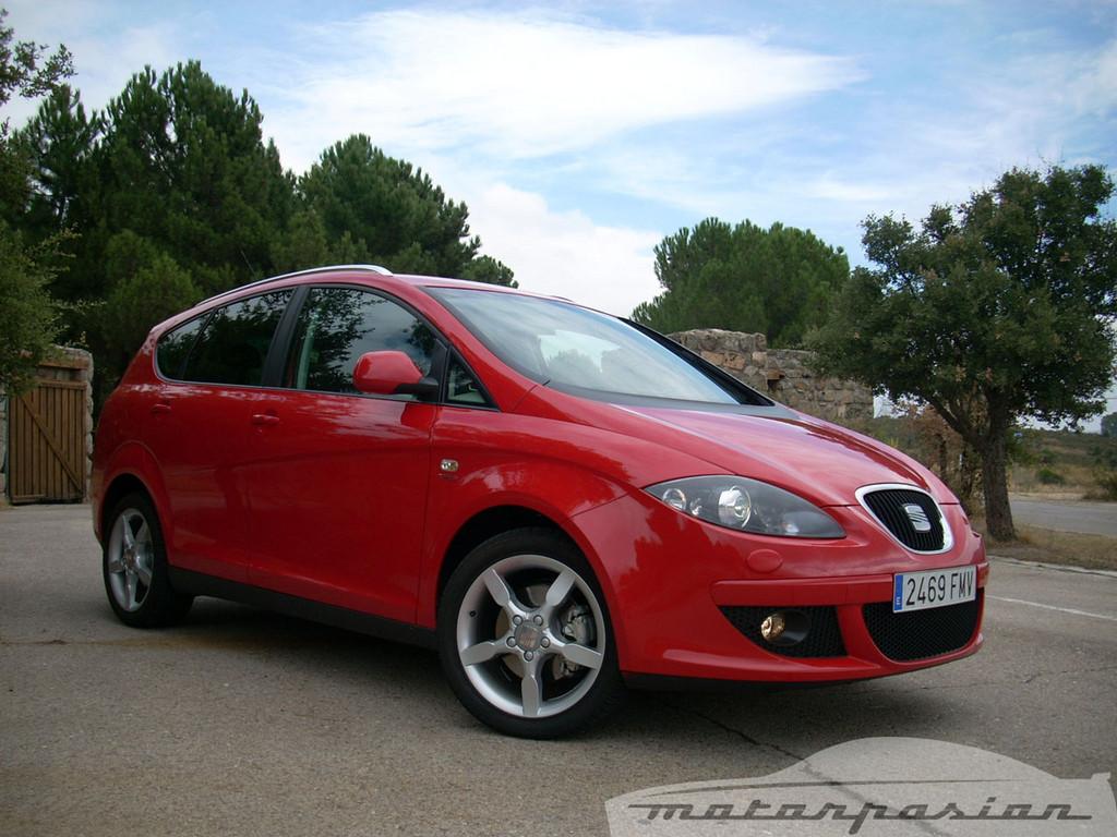Foto de SEAT Altea XL contra Volkswagen Touran  (7/36)