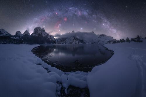 Tres españoles entre las 25 mejores fotografías de la Vía Láctea de 2021