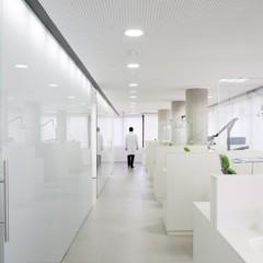 Foto 6 de 15 de la galería una-clinica-dental-aseptica-y-futurista en Decoesfera