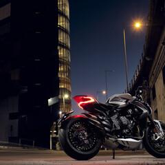 Foto 8 de 15 de la galería mv-agusta-dragster-800-rr-2021 en Motorpasion Moto