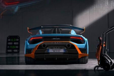 Lamborghini Huracan Sto 17