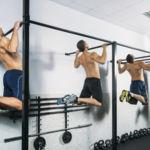 Circuito no apto para gente novata: dominadas, flexiones y sentadillas