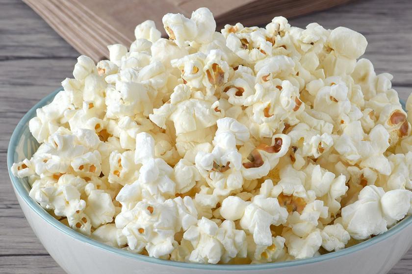 Cómo hacer palomitas en el microondas para tus sesiones de cine y series en casa
