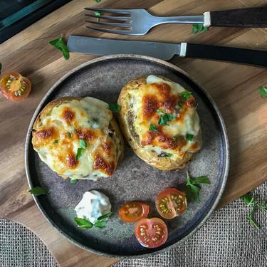 Patatas rellenas al horno, receta vegetariana que todos querrán probar