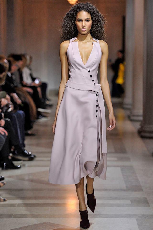 Foto de Carolina Herrera Otoño-Invierno 2016/2017 den la Semana de la Moda de Nueva York (24/37)