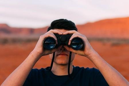 Estos son los tipos de curiosidad que existen, según un psicólogo