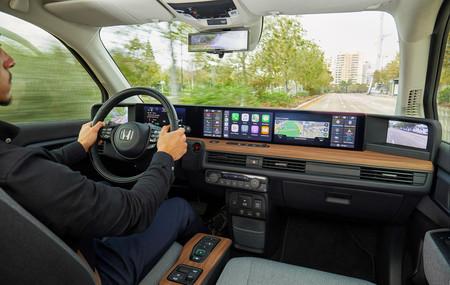 Honda e 2020 interior