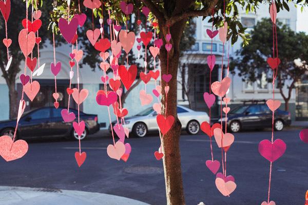 Guirnalda de corazones de papel