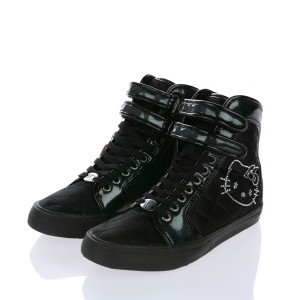 Foto de Sneakers negras Hello Kitty de Victoria Couture (1/2)