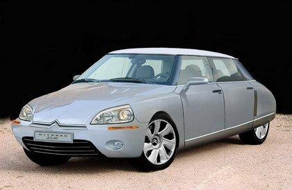 Citroën D5: entre el clásico DS y el C5