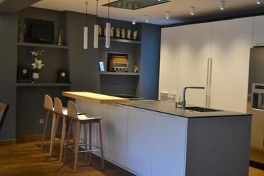 Nuevo especial cocinas con isla en Decoesfera. ¿Por qué debería tener una isla en mi cocina?