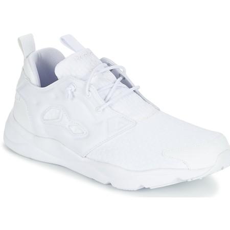 40% de descuento en las zapatillas Reebok Classic Furylite en Zalando: ahora sólo cuestan 53,95 euros