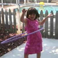 El hula hoop, una buena forma de moldear la cintura
