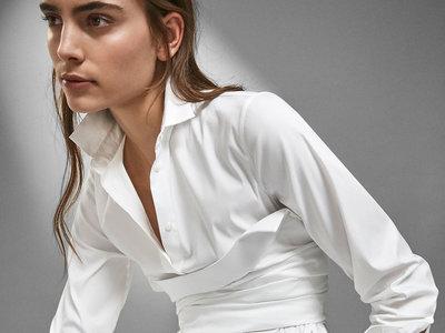 Así se lleva la camisa blanca esta temporada: 9 looks inspiradores