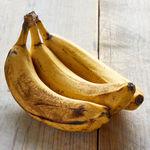 11 ideas para aprovechar los plátanos maduros que quedan en el frutero (y 41 recetas para sacarles todo el partido)