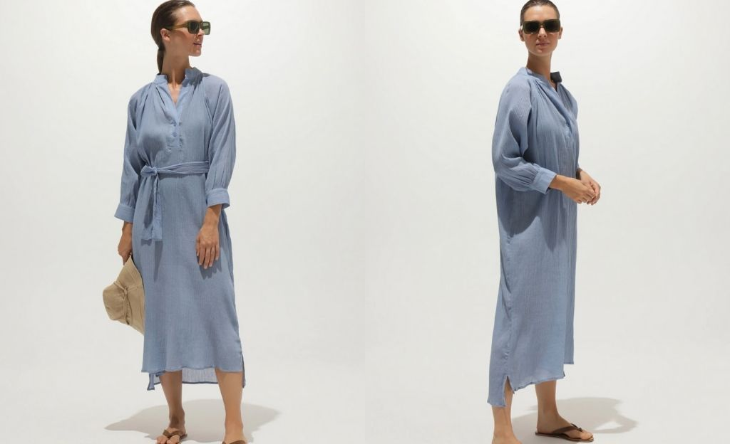 Caftán largo Bella Ballou de algodón en azul liso con cinturón
