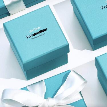 El azul exclusivo de Tiffany's es ahora el centro de una protesta activista sobre la libertad de expresión