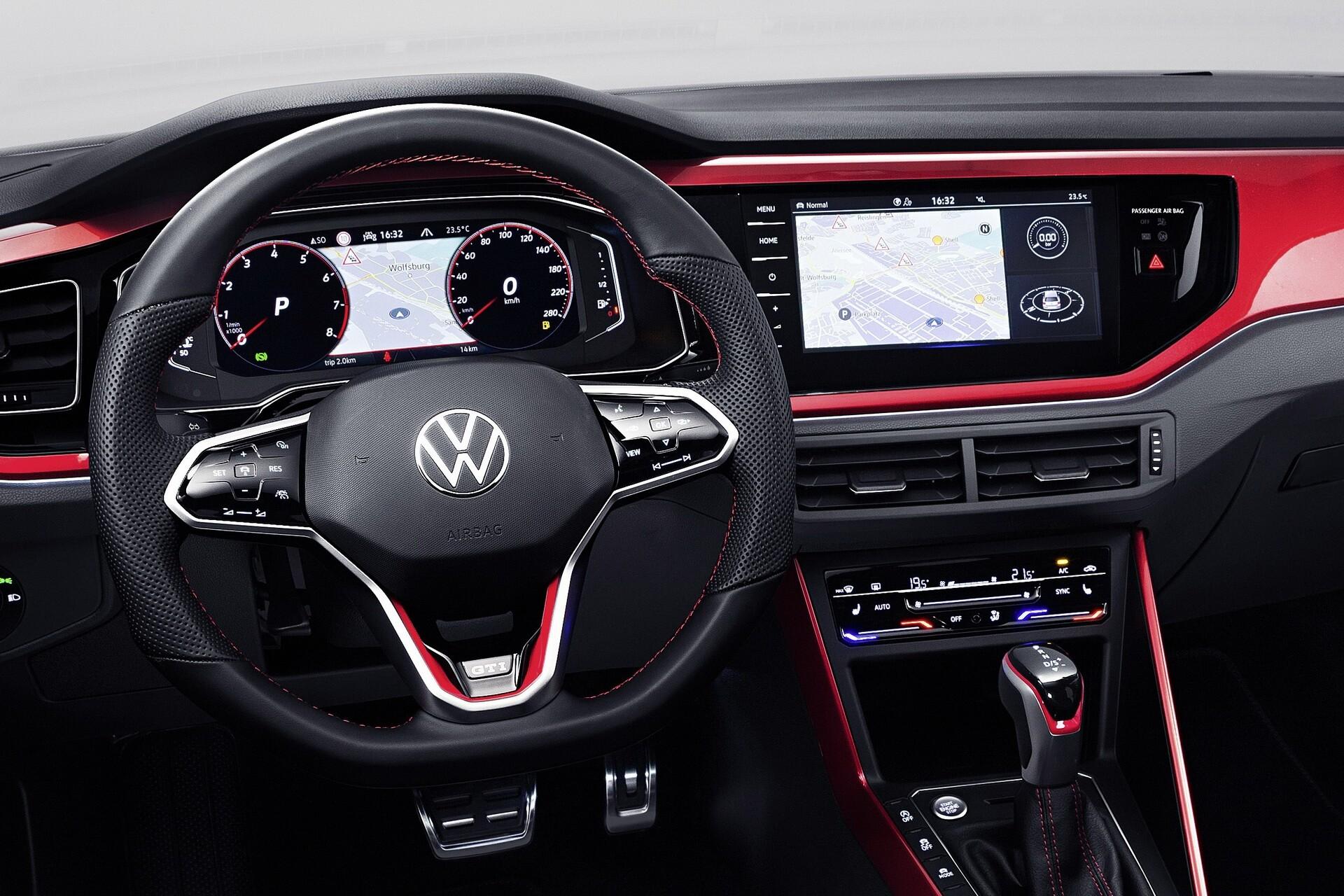 Foto de Volkswagen Polo GTI 2022 (16/17)