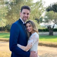 Pau Gasol y Cat McDonnell también se han casado en España y así ha sido el vestido de novia