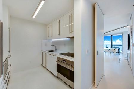 Zaha Hadid Residence W Hotel Tower Collins Avenue Miami Dezeen 2364 Col 4