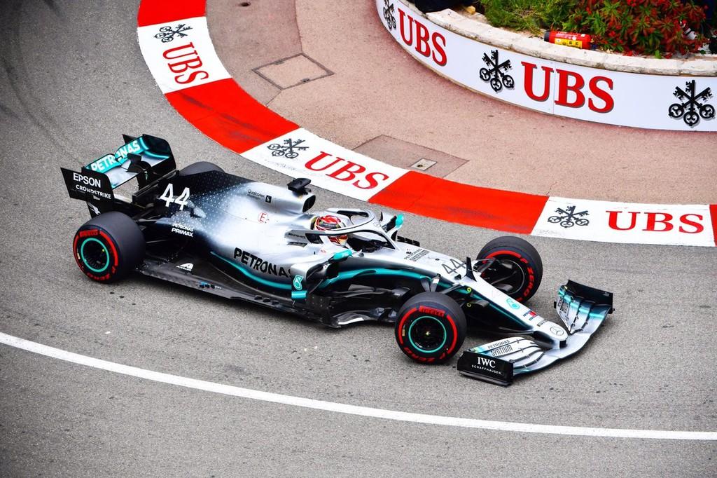 Mercedes sigue dominando la Fórmula 1 en Mónaco: mejor tiempo para Hamilton y siete décimas a Ferrari