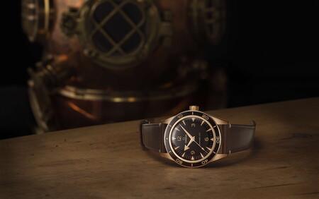 OMEGA le da un nuevo toque de elegancia al Seamaster 300 con un sofisticado color oro bronce