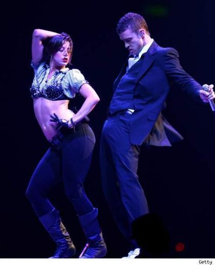 Justin Timberlake se arrima más que José Tomás
