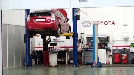 Toyota Prius taller