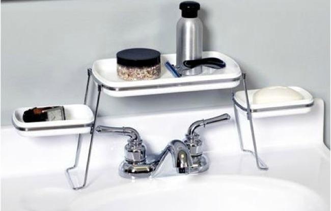 Baño Pequeno Original:Solución para colocar los accesorios del lavabo en un baño pequeño