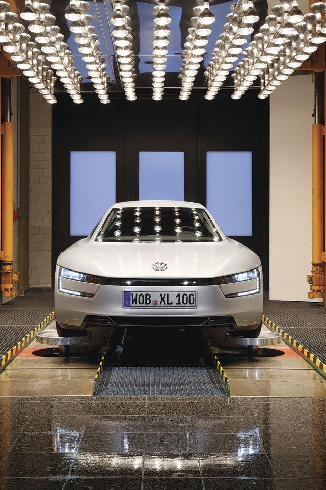 Foto de Volkswagen XL1 2013 (38/49)