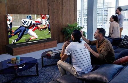 """La Smart TV 4K OLED 55"""" 2020 de LG tiene una gran rebaja de 200 euros en MediaMarkt: negros puros y altísima calidad de imagen"""