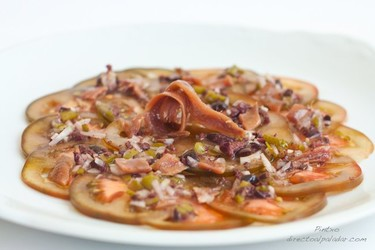 Receta de carpaccio de tomate con anchoas