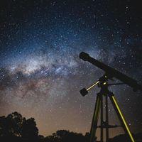 Guía de compra para disfrutar de las noches estrelladas: 24 telescopios, prismáticos, gadgets, accesorios y más