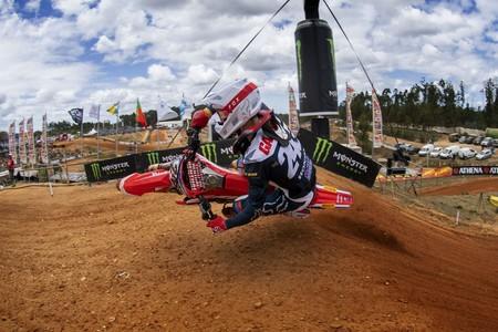 Gajser aprieta la clasificación de MXGP y Prado pone rumbo a su segundo título mundial de MX2
