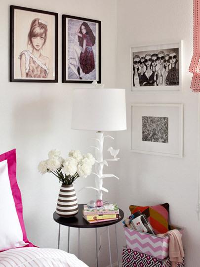 Foto de Puertas abiertas: dormitorio adolescente en rosa (2/5)
