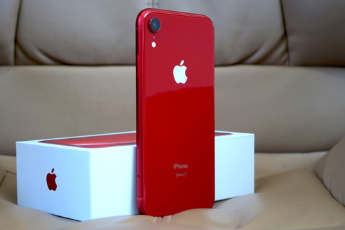 iPhone XR, primeras impresiones: probamos el iPhone más colorido, con menos cámaras y menor precio