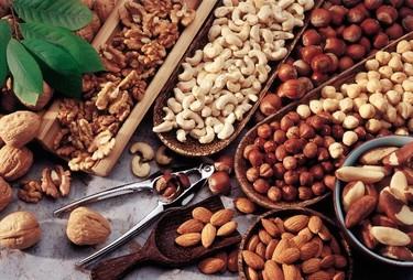 Alimentos para adultos mayores. Oleaginosas, los pros y contras. Segunda parte.